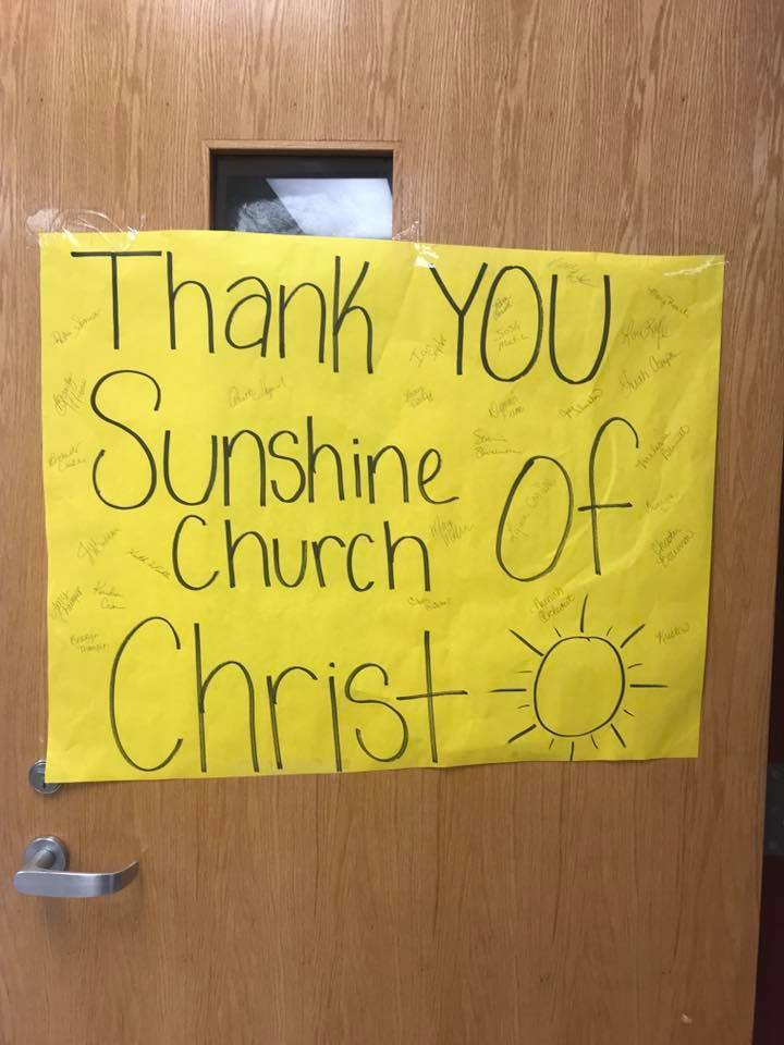 Sunshine Church of Christ Donates Lunch to Staff