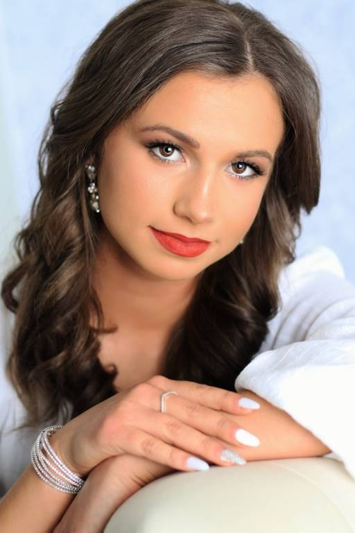 Haley Knore - Sophomore Attendant
